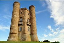 Cool Broadway Tower Photography / A 65 foot tower of Worcestershire, near the village of Broadway and its a folly on Broadway Hill. It is a main tourist spot these days, built centuries before. Some of the best cool Broadway Tower Photography sharing here.