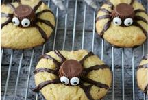 Halloween Recipes, DIY and Decor / DIY, Decor, and Recipes for a very Spooktacular Halloween!