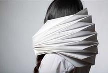 Papier. Paper. Papier. Papyrus.