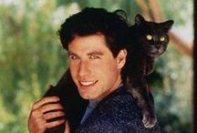 Celebrities with Cats / Who doesn't want to see some celebrities lounging about with their favorite feline friends?