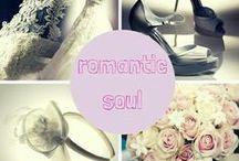 ABITI: ROMANTIC DREAM  / bustini iper decorati su gonne sontuose... romanticismo senza tempo