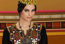Iran / Uno de los países dónde más personas utilizan los productos Periche Profesional. Arte y cultura legendaria.