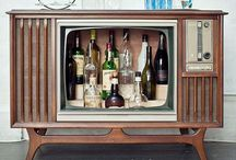 TV upcycled / Making wonderful dog homes from old fashioned televisions from the 70s and 80s !