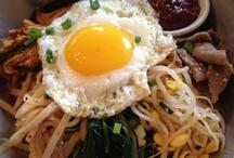 food me / by Davianna Kim