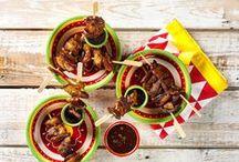 Tapas / Kom helemaal in Spaanse sferen met onze heerlijke tapasrecepten. Duik de keuken in en maak de lekkerste hapjes voor een gezellig avondje borrelen met vrienden of familie.   http://bit.ly/Receptentapas