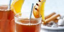 Verwarmende dranken / Wanneer het buiten koud en guur is, is er niets fijner dan met een warm drankje op de bank te kruipen. Wij hebben de lekkerste verwarmende dranken op een rijtje gezet.