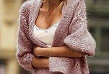 Női pulcsik