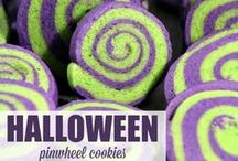Halloween Decor / Party Ideas / Decorations / Invites / Games / Food