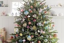 Christmas Tree Decorating Inspiration / Here are some of our favorite Christmas tree decorating ideas.