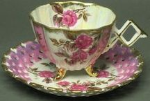 ♡ Cups & Saucers ♡ / Gorgeous chic cups & saucers of old and new styles / by jazzi crafts