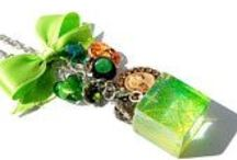 resin jewelery 'suasideas' / Hand made costume jewelery in resin