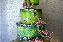 Cakes / by Shonnah Gowens