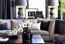 CLASSIC INTERIOR MOODBOARD / Een interieur in de stijl van een statig herenhuis uit de jaren 30. Met een kamer en suite, glas in lood ramen en sierlijke erkers. Expressief en elegant volgens Goldewijk.