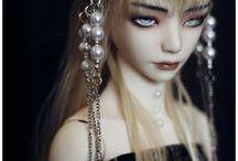 Dolls / by Maria Cunha
