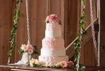 Wedding Cake / Dalle tradizionali multipiano americane alle più recenti naked cake, mille idee per la vostra torta di nozze.