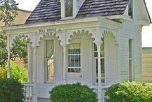 Cute Cottage Homes / Beautiful!