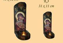 Καντηλάκια / Ξύλινα εκκλησιαστικά καντηλάκια που συνοδεύονται με ρεσώ. Τα θέματα των εικόνων είναι ενδεικτικά! Όλες οι εικόνες μπορούν να συνδυαστούν με το θέμα της επιλογής σας από το ετήσιο εορτολόγιο της εκκλησίας.