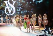 "2012 Victoria's Secret Fashion Show / Held in New York, performances by Rihanna, Bruno Mars and Justin Bieber. Adriana Lima open the show with the ""Circus"" segment.  Behati Prinsloo open the ""Dangerous Liaisons"". Erin Heatherton open the ""Calendar Girls"" segment. Jessica Hart open the ""PINK Ball"" segment. Lindsay Ellingson open the ""Silver Screen Angels"" segment. Candice Swanepoel open the ""Angels In Bloom"" segment. Here, Alessandra Ambrosio was wearing ""Floral Fantasy Bra & Gift Set"" and Tori Garnn closed the show."