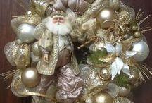 Christmas Mantels,Fireplace & Front Door / Front Door Ideas / by Linda Glover