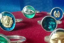 Vintage & modern jewellery
