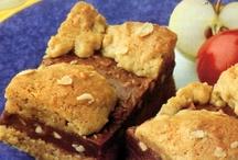 Dessert Recipes / by Lisa Shoulders