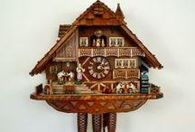 Coucous / Collection d'horloges coucous signés Anton Schneider