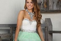 Be Fabulous - Prom 2015 / Make prom the perfect night with these gorgeous styles.
