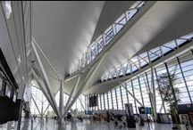 Transportation Projects / Innovative ceiling designs in international transport hubs featuring Hunter Douglas Ceiling Systems.