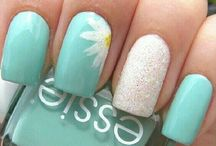 Nail Art Gallery / by Arielle Good