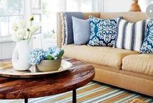 Living | Decor / by Danyelle Martin