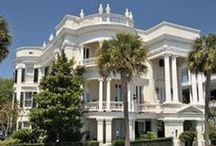 Charleston, South Carolina / As local Charlestonians we love the history, culture, and sites of our city. Here are a few reasons why Hunter Quinn Homes is based out of Charleston, SC!
