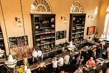 Best Restaurants in Charleston, SC / Charleston, SC is known for its culinary scene. Foodies from all over the United States flock to our city for its eclectic mix of fine dining, Southern dishes, international tastes, local seafood, trendy restaurants, and casual fare.