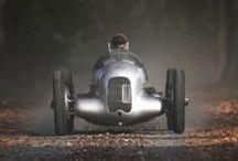| Vintage cars |