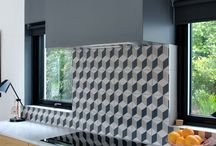 Cooker hoods & extractor fans / Feature hoods that create a striking focal point in a kitchen