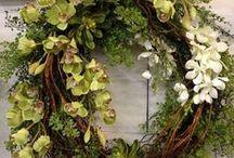 Flowers is what I do / by Elena Theochari