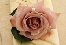 roses / https://www.facebook.com/RebeccaYoxallArt