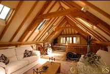 Oak Garages and Outbuildings / Oakmasters specialises in hand-crafting luxury oak garages and buildings. As with all our products, our timber garages are not mass-produced from standard designs, skinny components and computer cut joints. Instead we create stunning, tailored oak frames, with hand fitted joints and an exceptionally high quality surface finish, manufacturing each building to your specification and design.