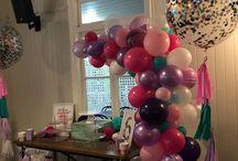 Organic Balloon Arch / Organic balloon arch in multiple colours