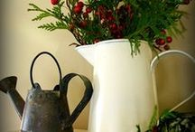 Holiday Stuff / by design invasion