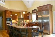 Country Kitchens / Dream Kitchens, Located in Nashua New Hampshire, Winner of over 200 awards!  / by Dream Kitchens-Kitchen and Bathroom remodeling
