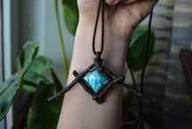 Natural jewelry / Jewellery, minerals, stones, gems, bones