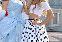 Ariana Grande Fan / I jut post a lot of things about Ariana Grande