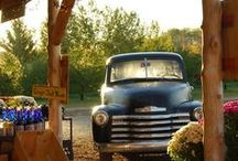 Classic and Customized Pickup and Panel Trucks / by Rob Offerman