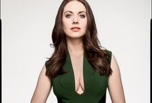 Modern Style Icons: Allison Brie / by Junie Heart