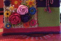 Gehaakte AH-tassen / crocheted grocery bags