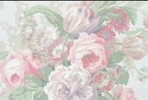 Vintage Wallpaper Large Blooms / Large vintage wallpaper florals
