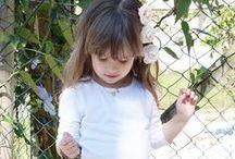 Look BBD Grife - Meninas #4 / Em um dia de outono, mas com um solzinho gostoso sugerimos esse look life-style. Arraaasooo