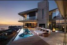 SAOTA / Vivir en el paraíso Proyectada por el estudio de arquitectura sudafricano #SAOTA, Clifton 2A es una residencia familiar flexible y contemporánea, emplazada en una espectacular pero desafiante ubicación... > Ver más: bit.ly/1PdHVem