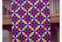 Periwinkle Quilts / Quilts forming octagons with kites and diamonds
