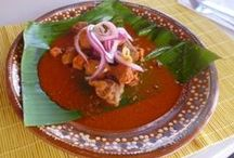 Cochinita Pibil from Yucatan in Cookin' Vallarta / A beautiful group from Australia and Mexico, great people, great cooking class !